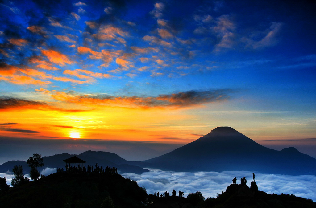 golden sunrise sikunir